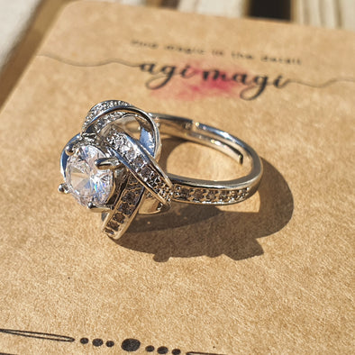 Twisted Halo Crystal Ring - AgiMagi