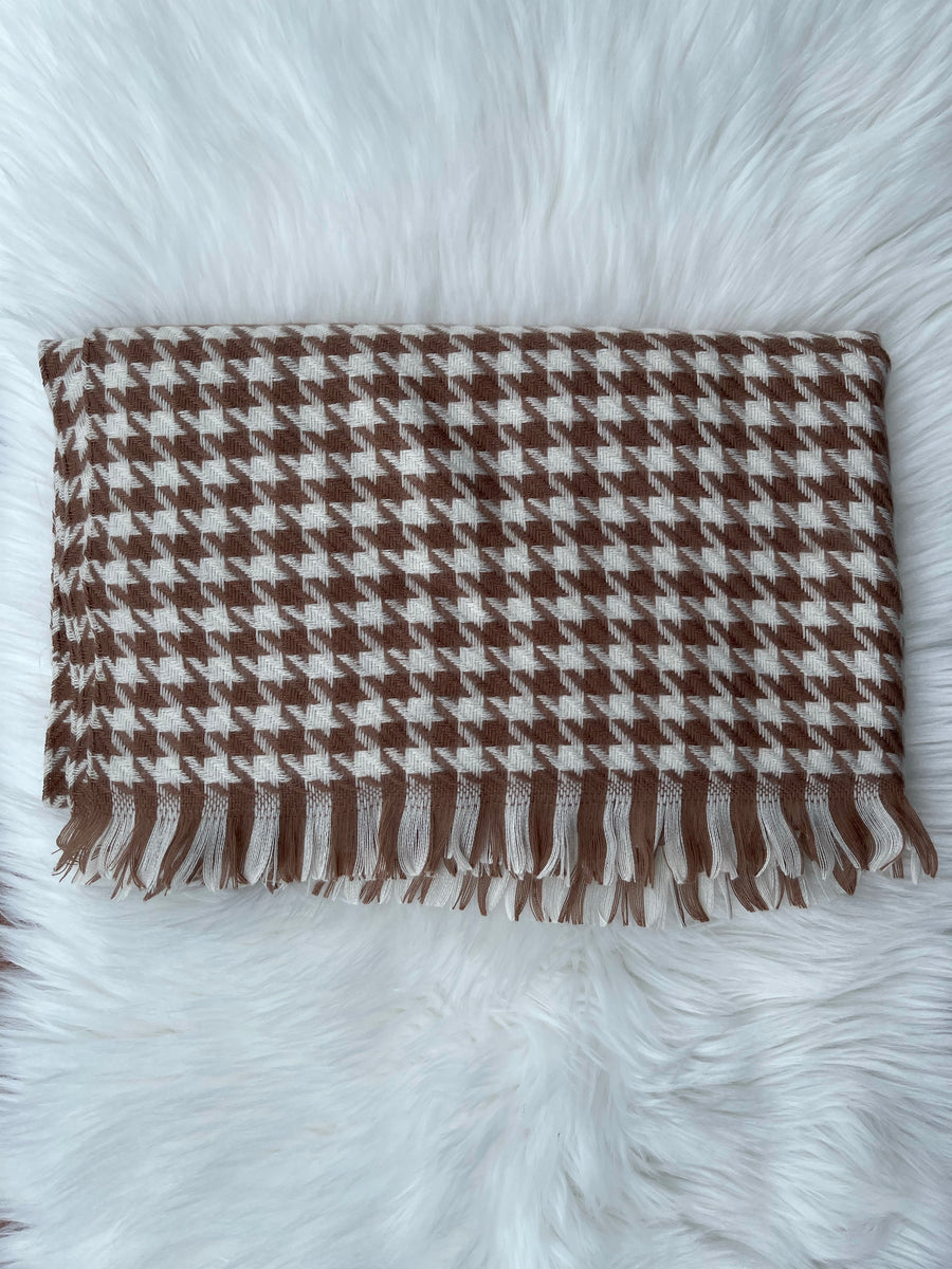 Soft knit mini houndstooth Blanket Scarf