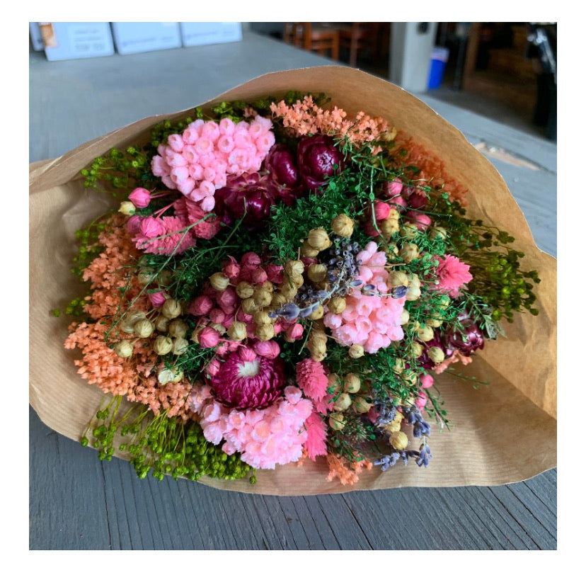 Pink Dreams. Dried flower bouquet