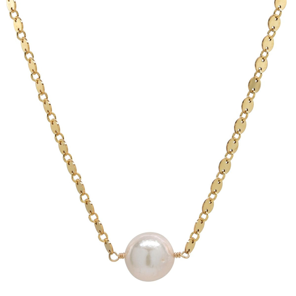 Mae Necklace in Freshwater Pearl