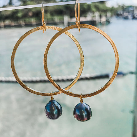 Moon Hoops in Tahitian Pearl