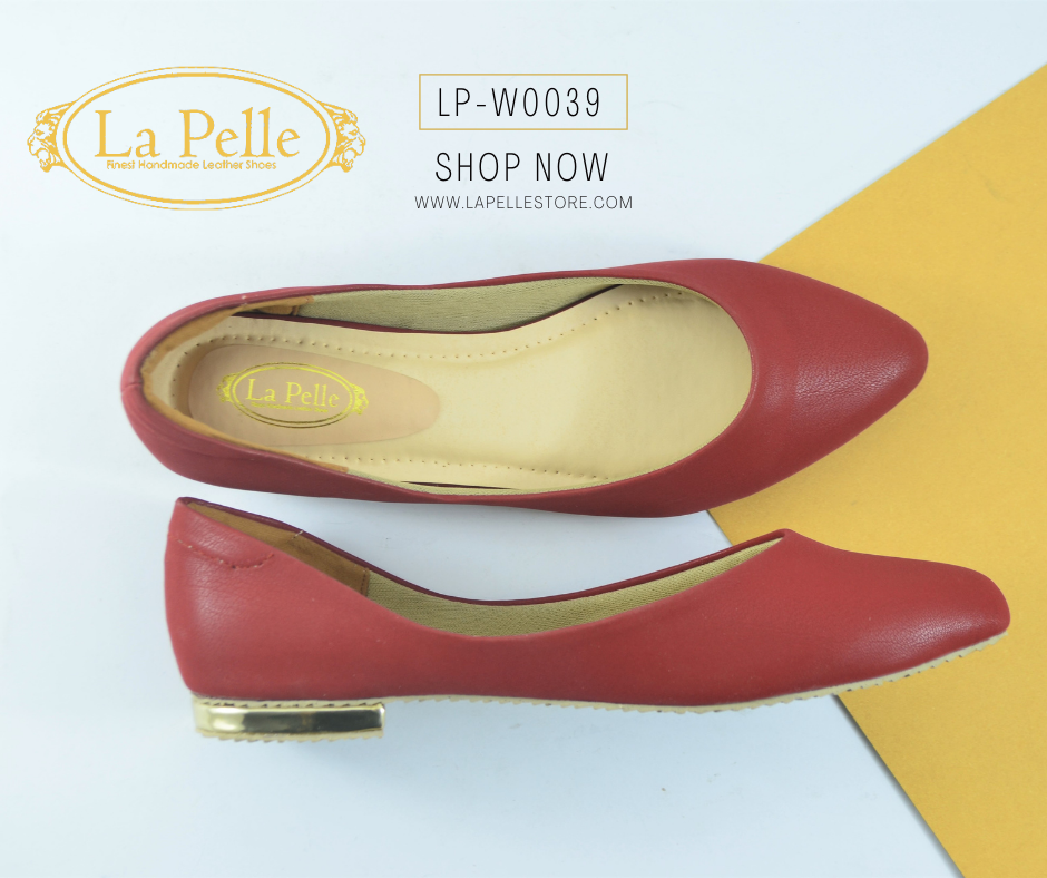Maroon pointed flat pumps