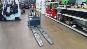 2008 Crown PE4000-60 Electric Pallet Jacks & Stackers SN 2121