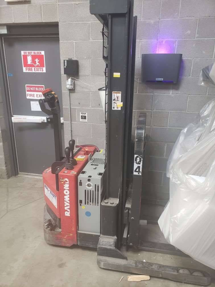 2009 RAYMOND RSS40 Electric Pallet Jacks & Stackers SN 2098