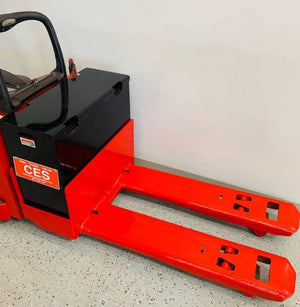 2012 RAYMOND 8400 ELECTRIC PALLET JACKS & STACKERS SN 2262 - Call for Price