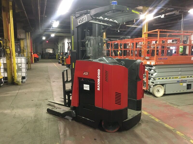 2013 Raymond 750-R35TT Narrow Aisle Up Stand Reach Truck SN 1037
