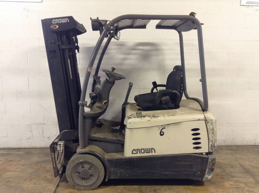 2013 CROWN SC5245-35 ELECTRIC SIT DOWN FORKLIFT SN 2259-CALL FOR PRICE