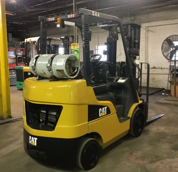 2016 CAT 2C5000 Cushion Tire Forklift SN 1045