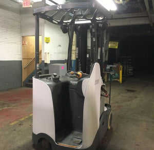 2016 CROWN RC5545-40 ELECTRIC SIT DOWN FORKLIFT SN 1089