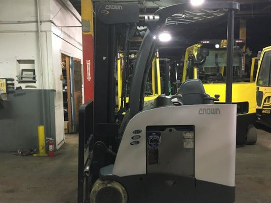 2016 Crown RC5545-40 Narrow Aisle Counterbalance Forklift SN 8008