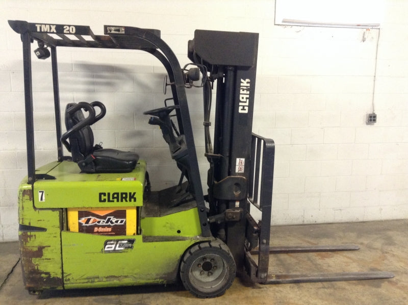 Clark TMX20 Electric Sit Down 3-Wheel Forklift SN 3009