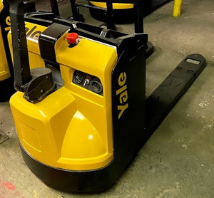 2016 Yale MPB045V Electric Pallet Jacks & Stackers SN 3022