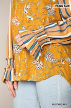 Load image into Gallery viewer, Print Mixed Peasant Smocked Top