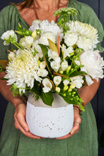 Load image into Gallery viewer, Emporio Home & Flowers - Beachside Blooms