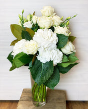 Load image into Gallery viewer, Emporio Home & Flowers - Casablanca
