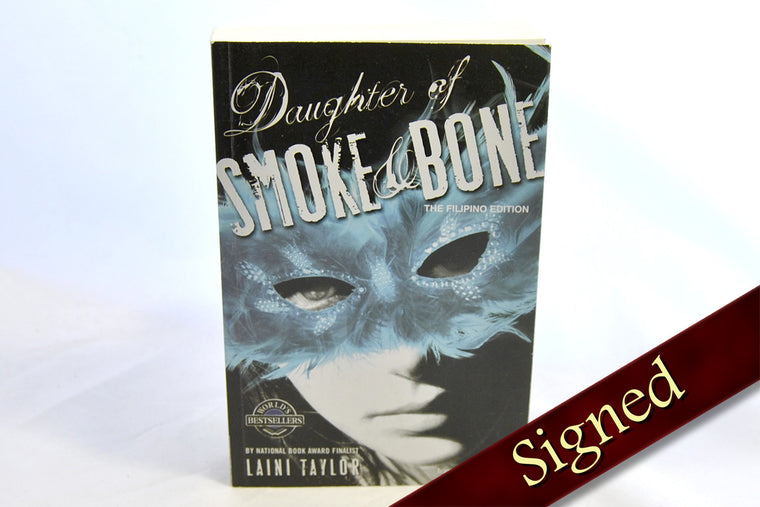 Daughter of Smoke and Bone by Laini Taylor (Filipino Edition)