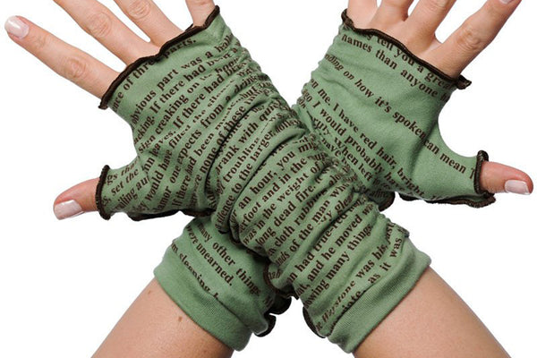 Apparel - Name Of The Wind Writing Gloves