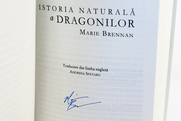 Foreign Editions - A Natural History Of Dragons  (Romanian)