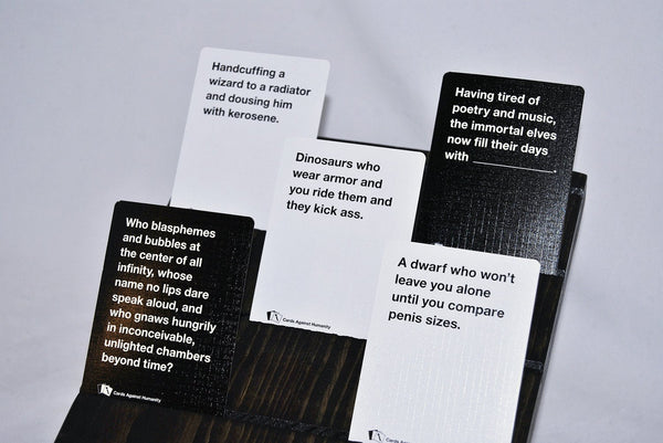 Games - Cards Against Humanity: Fantasy Pack