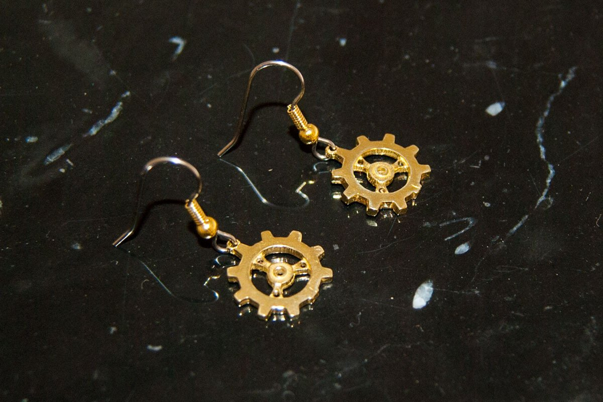 Jewelry - Auri's Brazen Gear Earrings
