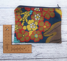 Load image into Gallery viewer, Reclaimed Fabric Zip Purse