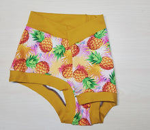 Load image into Gallery viewer, Pineapple Super Comfy Undies - Size L Ready-made