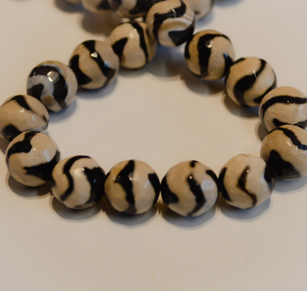 Black and White Leopard Agate
