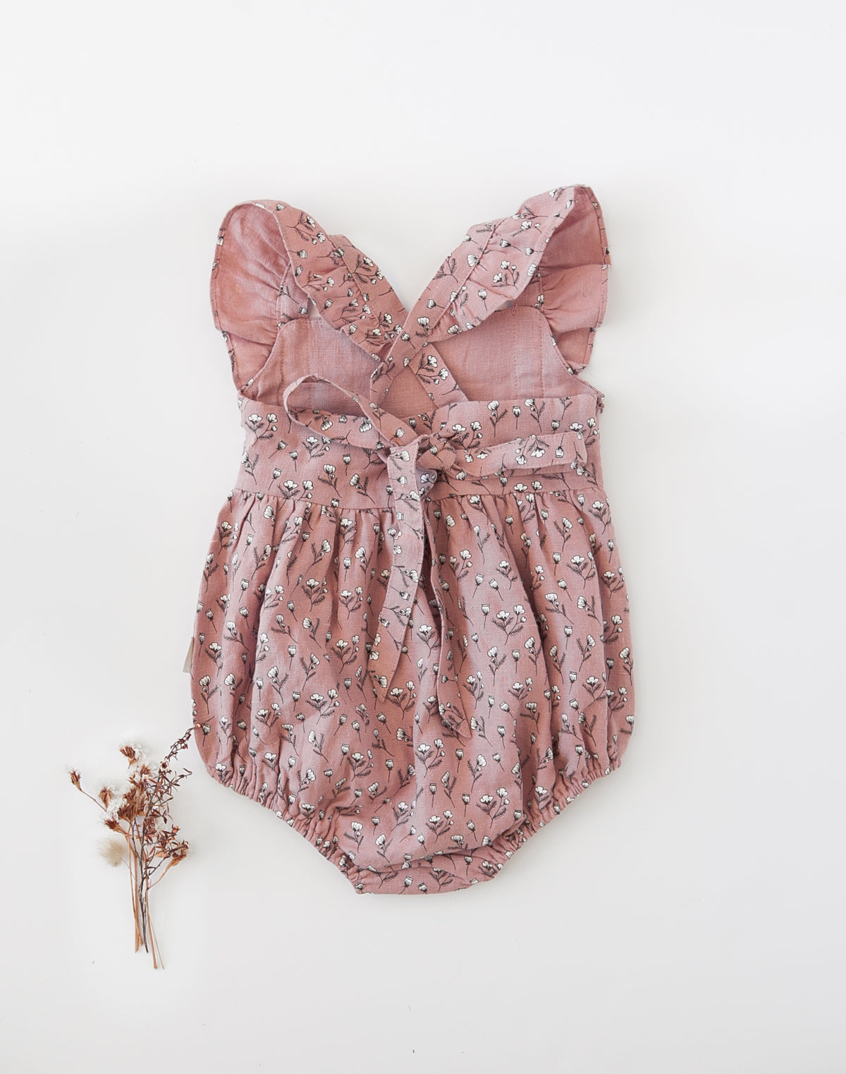 Karibou Karolina Linen Playsuit in Cotton Puff Print - Dusty Pink