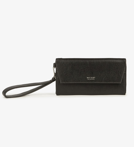 Matt and Nat Mercer Vintage Wristlet Wallet. Stylish Vegan Leather in Black.