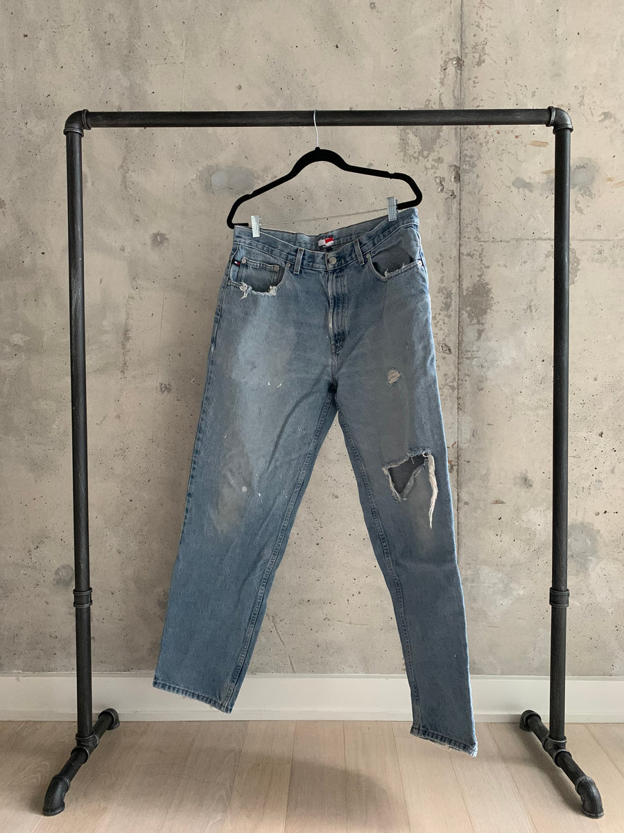Vintage Tommy Hilfiger Distressed Highwaist Jeans