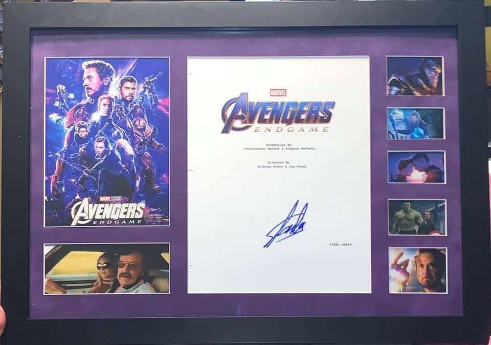Stan Lee Signed Avengers Endgame Script Display RARE!!