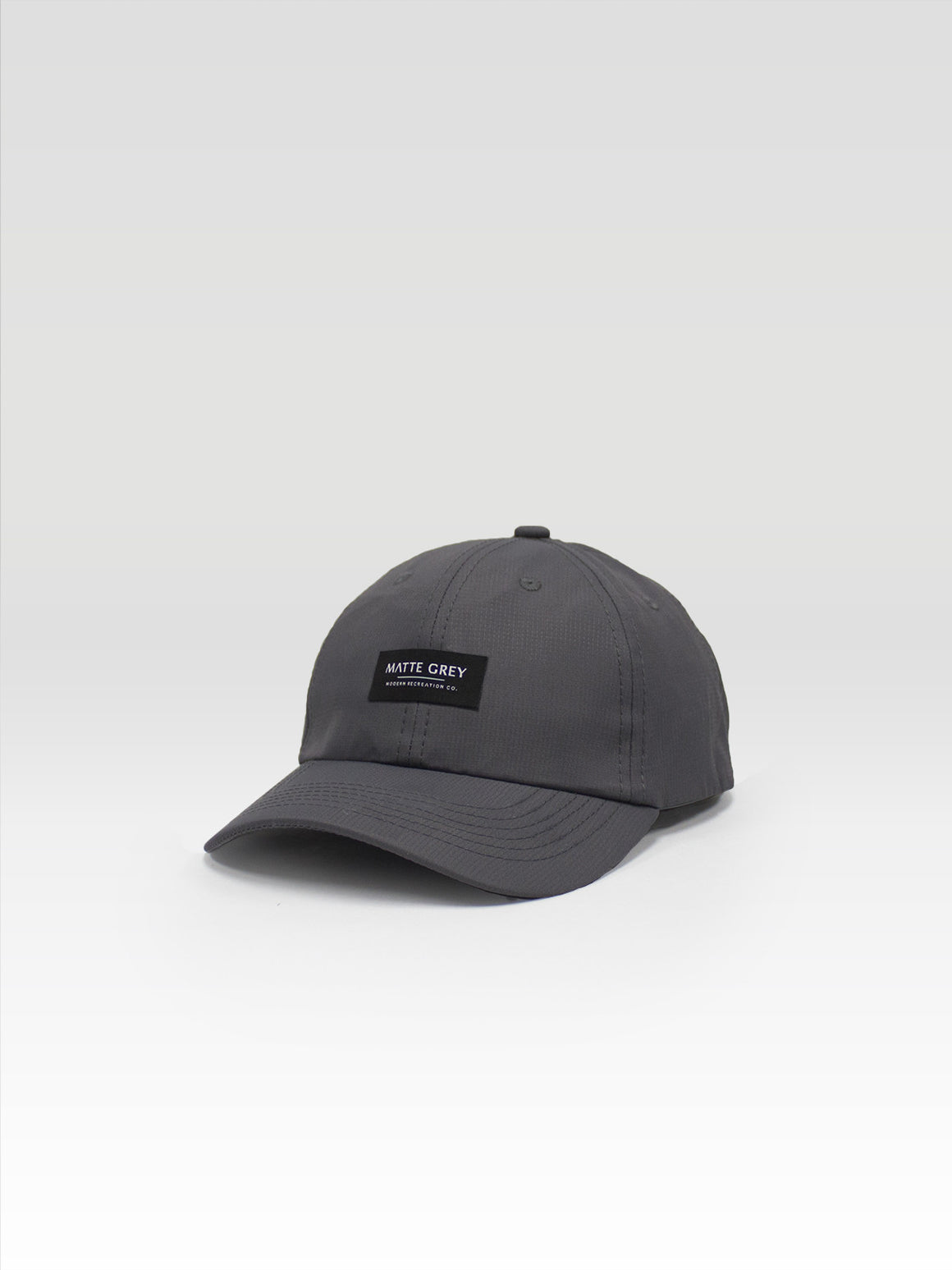 MDRN Badge Low Pro - Charcoal