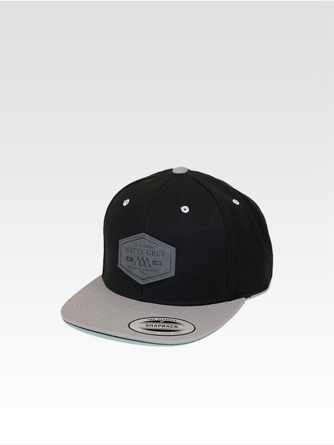 Hex Badge Snapback - Black / Silver