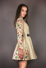 "Load image into Gallery viewer, Biker Dress ""FLOWERS"" - beige"