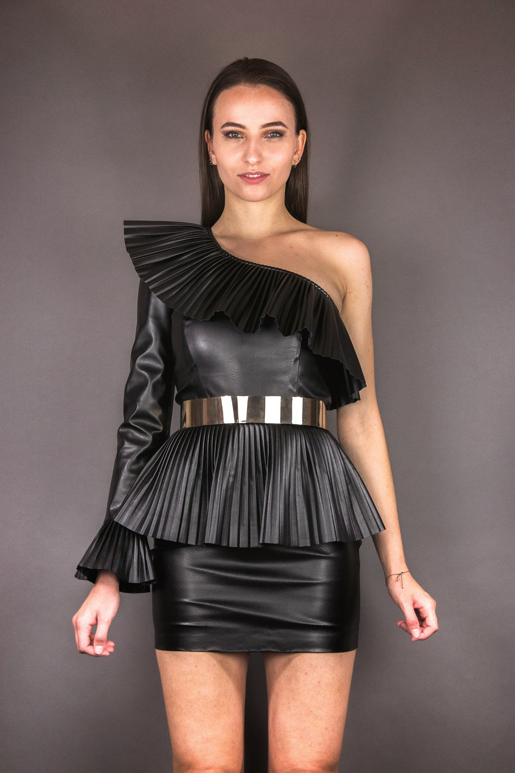 Asymmetric Dress with pleated deatils - black