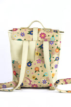 "Load image into Gallery viewer, Backpack ""FLOWERS"" - beige"