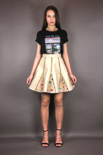 "Load image into Gallery viewer, Flared Skirt with Zippers & Godets ""FLOWERS"" - beige"