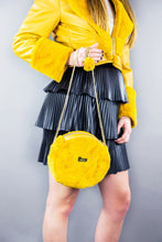 "Load image into Gallery viewer, Circle Bag ""FLUFFY"" - Mustard"