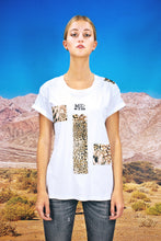 "Load image into Gallery viewer, Oversized Tee ""PATCHWORK LEO"" - white"