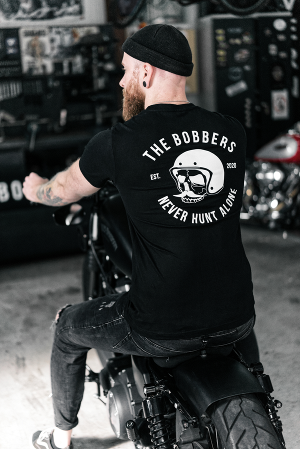 "THE BOBBERS T-Shirt ""NEVER HUNT ALONE"" - The Bobbers GbR"