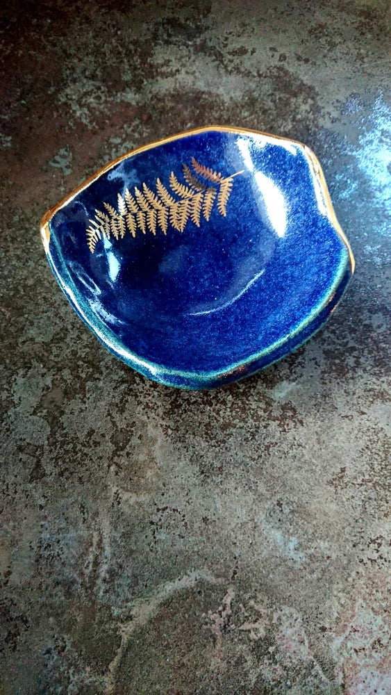 Large Fern Bowl in Lapis Lazuli Blue
