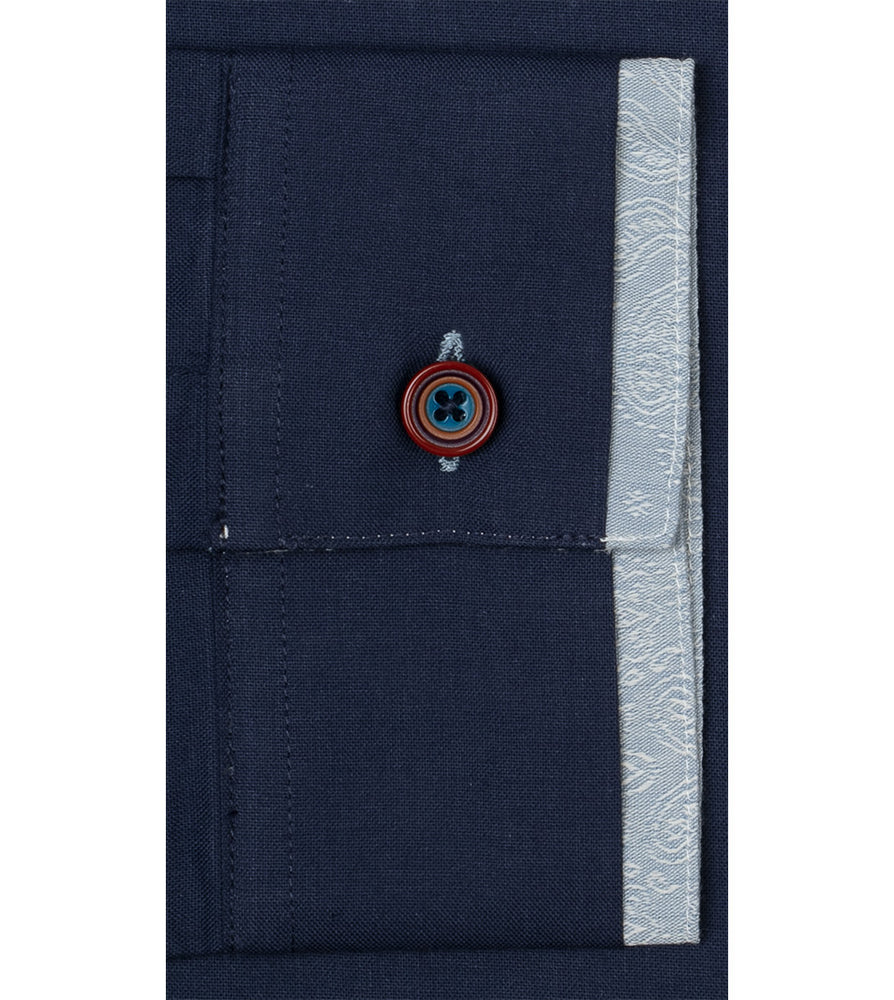 Load image into Gallery viewer, Kerwin Sq Vintage Wash Shirt Cuff