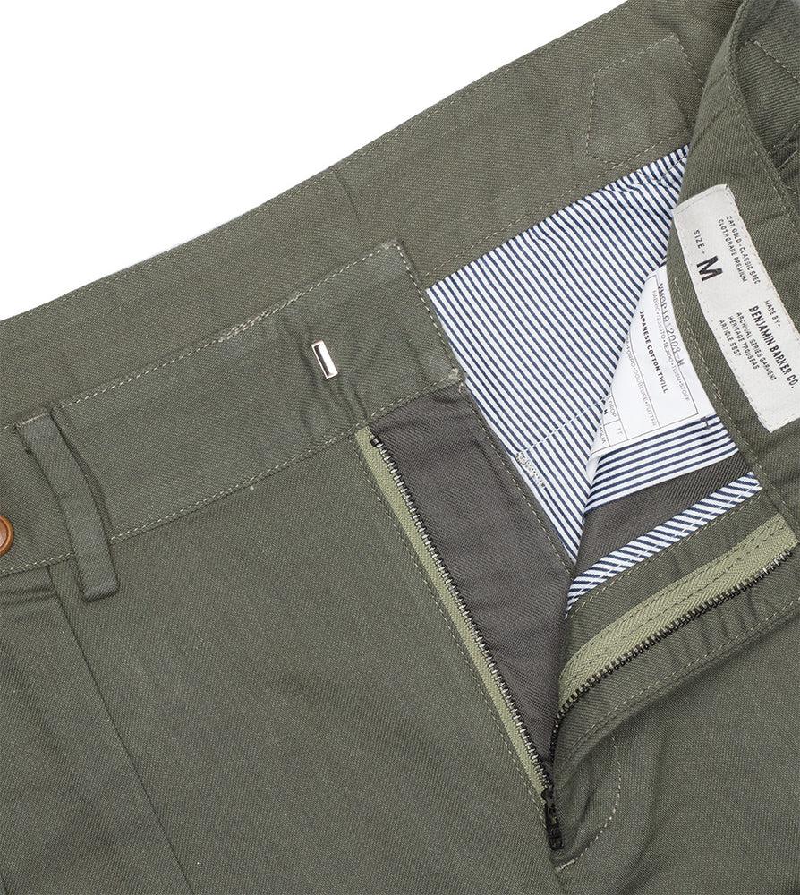 Load image into Gallery viewer, Bermondsy Vintage Military Shorts In Military Green Zip