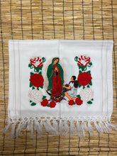 Load image into Gallery viewer, Shawl Virgen de Guadalupe