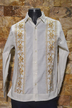 Load image into Gallery viewer, Guayabera Flor de Calabaza Hueso