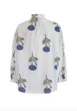 Load image into Gallery viewer, Kiki Blue Flower Shirt