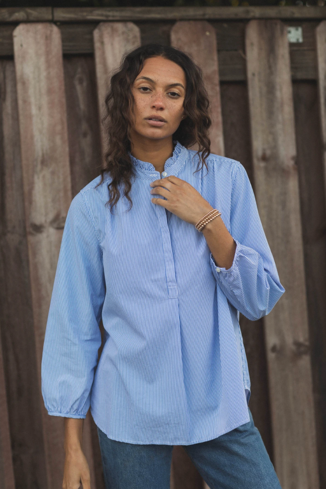 Load image into Gallery viewer, Sara B Henley Shirt