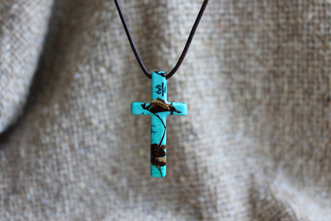 Realtree Xtra Sea Glass Cross Necklace