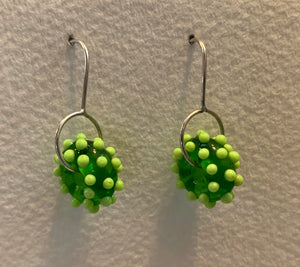 Circle earrings (lime green with pea green dots)