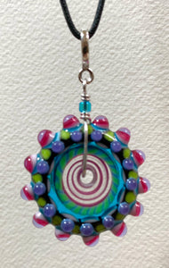 Disc bead pendant
